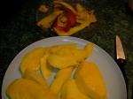 slice mango keep seed