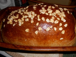 """Honey Oatmeal Bread"""