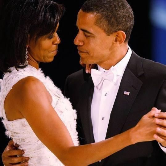 obama-and-michelle-true-love